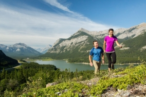 5 must do Kananaskis hikes + food pairings!