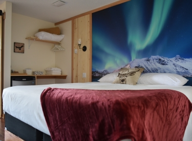 The Drake Inn - Canmore Accommodation