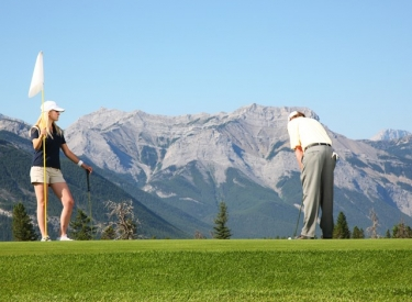 Men's & Ladies' Night | Brewster's Golf