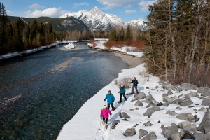 18 Unforgettable Wintry Wonders of Canmore Kananaskis 8