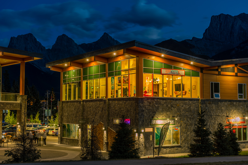 Downtown Canmore Hostel