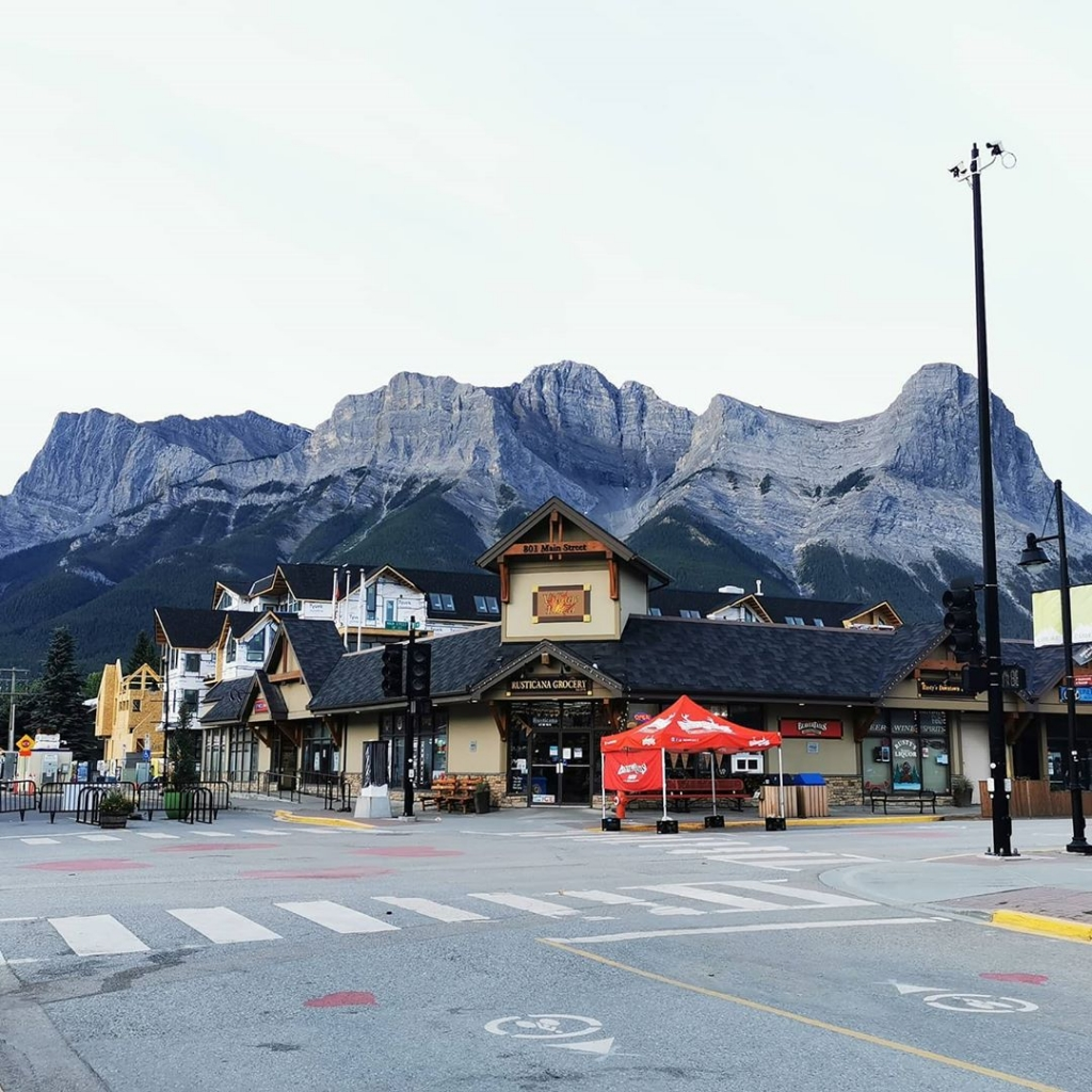 Your Step-By-Step Guide to Summer in Canmore and Kananaskis 1