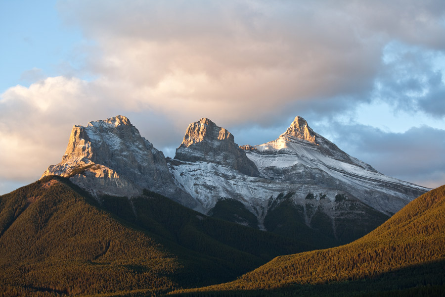 The must-see mountain icons of Canmore and Kananaskis 1