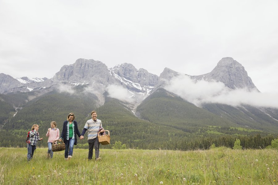 The must-see mountain icons of Canmore and Kananaskis 3