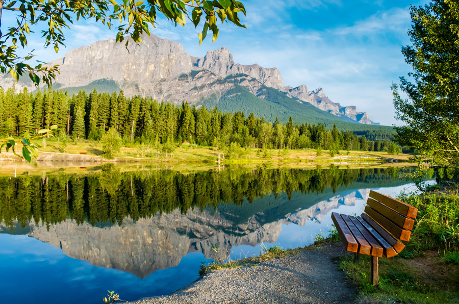 The must-see mountain icons of Canmore and Kananaskis 4