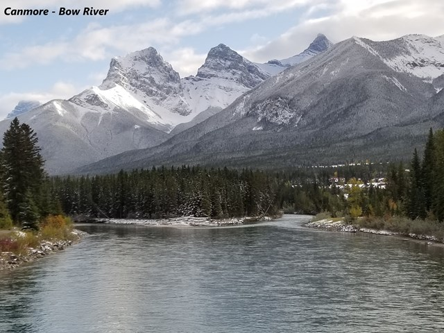 Canmore Inflatable Canoe-Tours