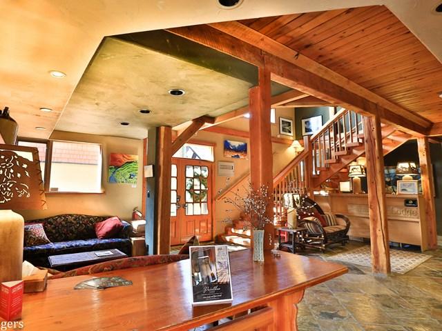 Paintbox Lodge 2